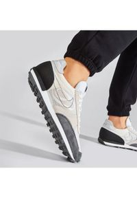 Nike Buty Dbreak-Type CJ1156 100 Beżowy. Kolor: beżowy