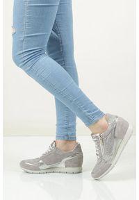 Igi & Co - Sneakersy skórzane z suwakiem ozdobnym igi&co 77800. Kolor: srebrny, wielokolorowy, szary. Materiał: skóra. Szerokość cholewki: normalna