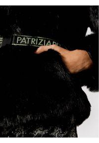 Czarne futro Patrizia Pepe