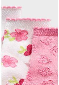 Różowe skarpetki Mayoral