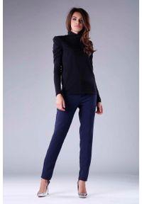 Czarny sweter Nommo z golfem, długi, elegancki, z długim rękawem