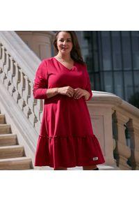 Różowa sukienka dla puszystych Moda Size Plus Iwanek elegancka, na jesień, z długim rękawem