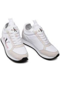 Białe buty sportowe Calvin Klein Jeans na płaskiej podeszwie, z cholewką