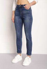 Renee - Granatowe Jeansy Regular Savvates. Stan: podwyższony. Kolor: niebieski. Długość: długie. Wzór: aplikacja #3