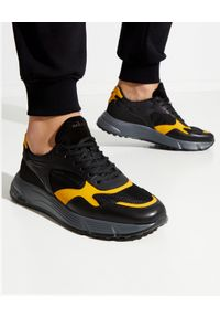 Hogan - HOGAN - Czarne sneakersy Hyperlight. Nosek buta: okrągły. Kolor: czarny. Materiał: tkanina, guma, materiał. Sezon: wiosna. Sport: turystyka piesza