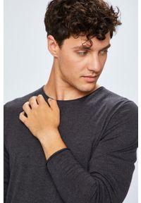 Selected - Sweter. Kolor: szary. Materiał: dzianina