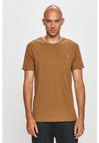 Oliwkowy t-shirt Clean Cut Copenhagen z okrągłym kołnierzem, casualowy