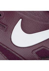 Czerwone buty do tenisa Nike