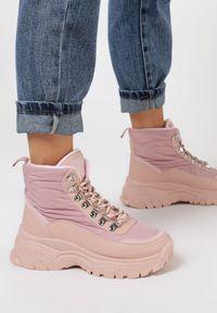 Różowe buty sportowe Born2be