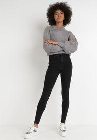Born2be - Czarne Jeansy Thaelatea. Stan: podwyższony. Kolor: czarny #7