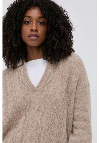Samsoe & Samsoe - Samsoe Samsoe - Sweter wełniany. Kolor: szary. Materiał: wełna. Długość rękawa: długi rękaw. Długość: długie. Wzór: ażurowy