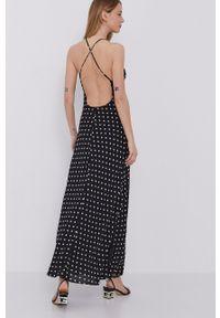 BARDOT - Bardot - Sukienka. Kolor: czarny. Materiał: tkanina. Długość rękawa: na ramiączkach. Typ sukienki: rozkloszowane