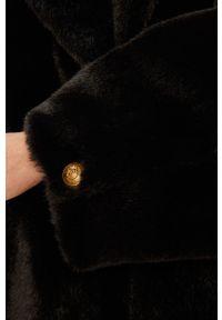 Czarny płaszcz Pinko krótki, z klasycznym kołnierzykiem