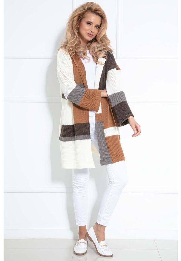 Sweter Fobya w kolorowe wzory, z kapturem