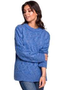 Niebieski sweter oversize MOE