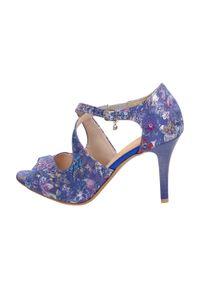 Sandały J-BUT klasyczne, w kwiaty
