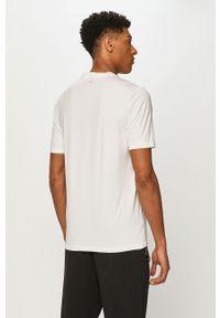 Biały t-shirt Calvin Klein Performance na co dzień, casualowy
