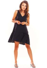 Awama - Czarna Luźna Sukienka bez Rękawów z Falbanką. Kolor: czarny. Materiał: elastan, wiskoza. Długość rękawa: bez rękawów