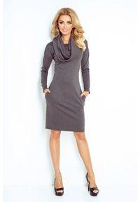 Numoco - Ciepła sukienka z kieszeniami i szerokim golfem. Typ kołnierza: golf. Materiał: materiał, elastan