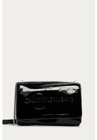 Czarna kopertówka Calvin Klein Jeans