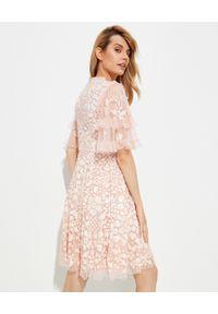 NEEDLE & THREAD - Sukienka mini Aurelia. Kolor: różowy, wielokolorowy, fioletowy. Materiał: szyfon, materiał. Wzór: aplikacja. Typ sukienki: rozkloszowane. Długość: mini