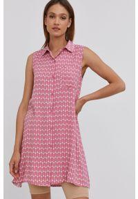 Answear Lab - Sukienka. Okazja: na co dzień. Kolor: różowy. Materiał: tkanina. Typ sukienki: proste. Styl: wakacyjny