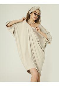 Beżowa sukienka mini etno, oversize