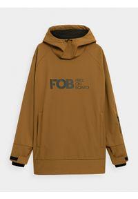 4f - Długa bluza snowboardowa z softshellu membrana 5000 męska. Typ kołnierza: kaptur. Kolor: beżowy. Materiał: materiał. Długość rękawa: raglanowy rękaw. Długość: długie. Sezon: zima. Sport: snowboard