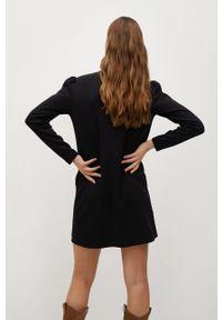 Czarna sukienka mango prosta, mini, biznesowa