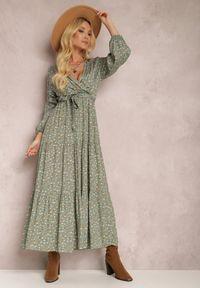Renee - Zielona Sukienka Appoloin. Kolor: zielony. Materiał: materiał. Długość rękawa: długi rękaw. Wzór: kwiaty, aplikacja, kolorowy. Typ sukienki: kopertowe. Długość: maxi