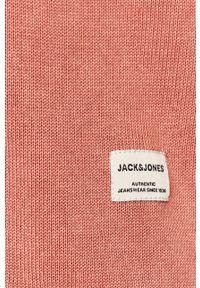 Jack & Jones - Sweter 12174001. Okazja: na co dzień. Kolor: różowy. Materiał: dzianina. Styl: casual