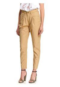 Beżowe spodnie TOP SECRET w kolorowe wzory, na wiosnę, eleganckie