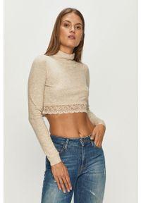 Beżowy sweter Guess Jeans casualowy, na co dzień, z okrągłym kołnierzem