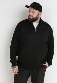 Born2be - Czarny Sweter Z Wełną Avoah. Kolekcja: plus size. Kolor: czarny. Materiał: wełna. Długość: długie. Styl: klasyczny