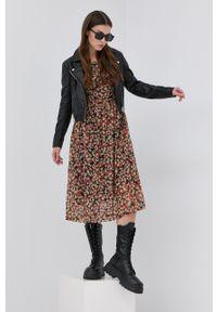 Vila - Sukienka. Materiał: dzianina. Długość rękawa: długi rękaw. Typ sukienki: rozkloszowane