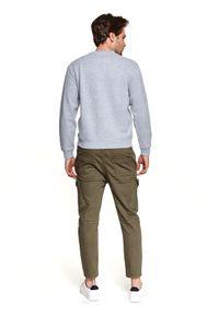 TOP SECRET - Bluza strukturalna z kieszenią. Okazja: na co dzień. Kolor: szary. Materiał: tkanina. Długość: długie. Sezon: wiosna. Styl: casual #6