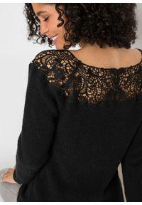Sweter z koronką bonprix czarny. Kolor: czarny. Materiał: koronka. Wzór: koronka
