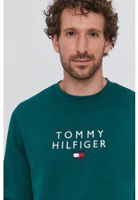 TOMMY HILFIGER - Tommy Hilfiger - Bluza. Okazja: na co dzień. Kolor: zielony. Wzór: aplikacja. Styl: casual
