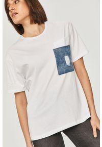 Biała bluzka Answear Lab wakacyjna, gładkie, na co dzień