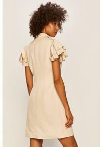 Vero Moda - Sukienka. Okazja: na co dzień. Kolor: beżowy. Materiał: tkanina. Długość rękawa: krótki rękaw. Typ sukienki: proste. Styl: casual