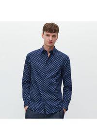 Niebieska koszula Reserved z nadrukiem