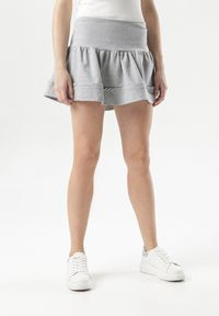 Szara spódnica mini Born2be