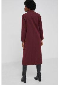 Answear Lab - Płaszcz z domieszką wełny. Okazja: na co dzień. Kolor: czerwony. Materiał: wełna. Wzór: gładki. Styl: wakacyjny