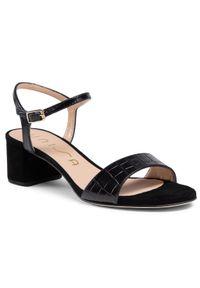 Czarne sandały Unisa