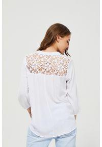 Biała koszula MOODO długa, bez kołnierzyka