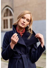 Marie Zélie - Płaszcz Adela granatowy –wełna Nova Fides. Kolor: niebieski. Materiał: wełna. Długość rękawa: długi rękaw. Długość: długie. Sezon: zima #5
