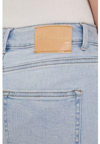 Niebieskie jeansy only na co dzień, casualowe