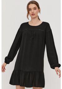 Jacqueline de Yong - Sukienka. Kolor: czarny. Materiał: tkanina, koronka. Długość rękawa: długi rękaw. Wzór: gładki. Typ sukienki: rozkloszowane