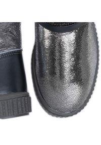 Srebrne buty zimowe Bartek z cholewką, na spacer
