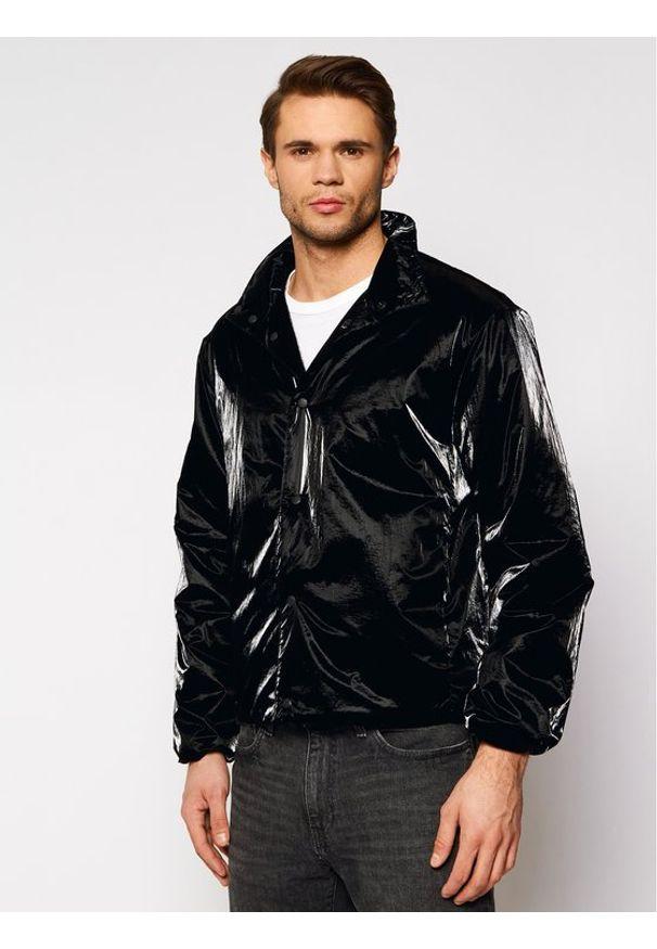 Czarna kurtka przejściowa Rains